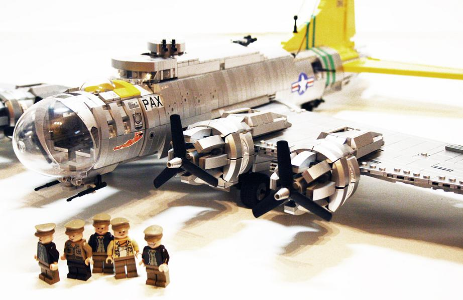 B-17 en LEGO, realizado por Orion Pax