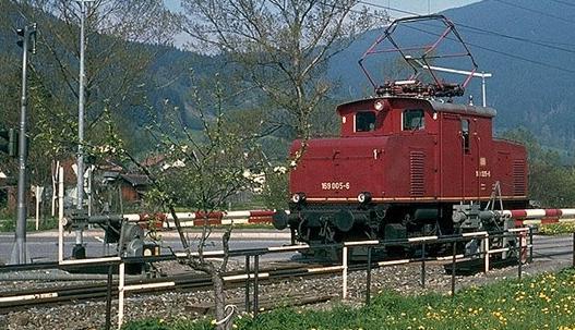 E69 05