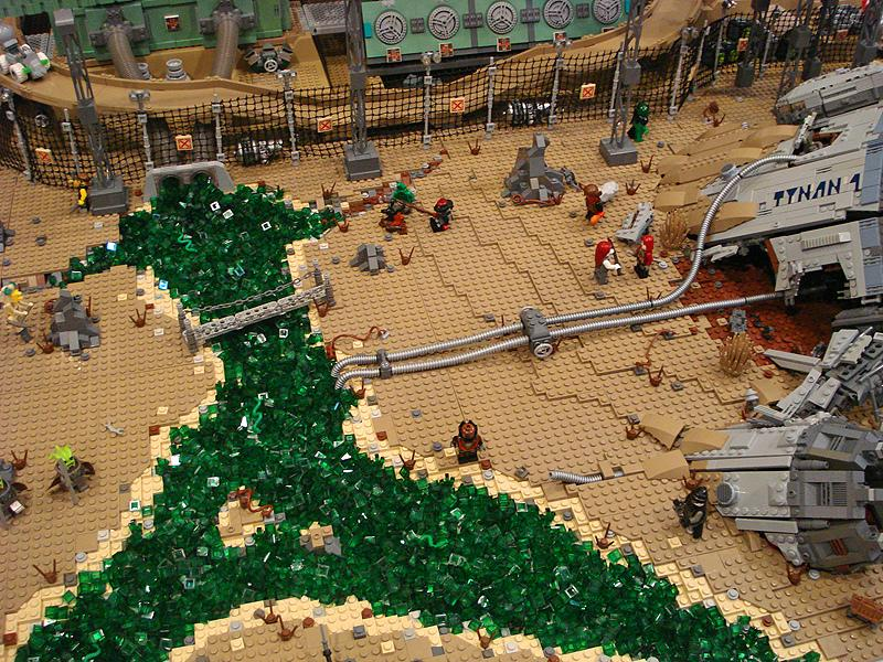 Containment, por Nannan Z. y Legohaulic