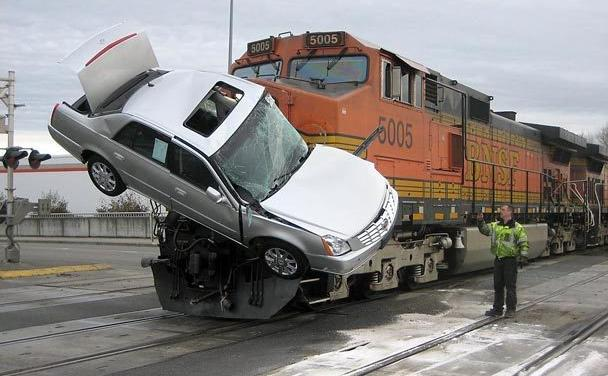 Paso nivel con Power Functions WeDo y Scratch: Accidente de tren en Carolina del Norte