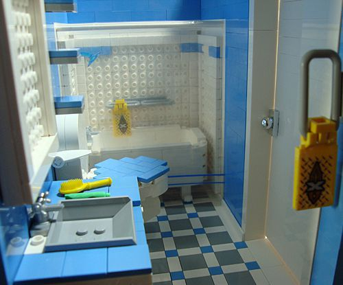Katrina Cottage en LEGO - baño