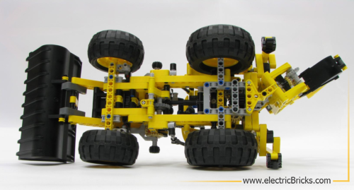 LEGO Technic 8069. Vista inferior, por electricBricks