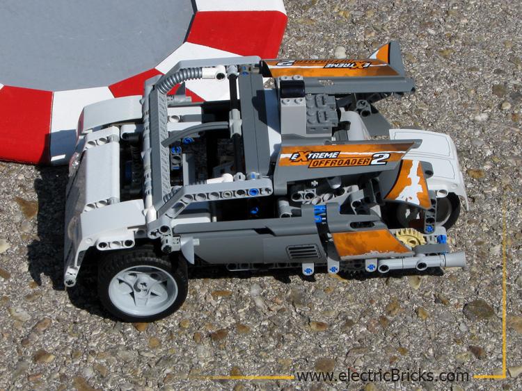 Carrera T-Rex: droidbot
