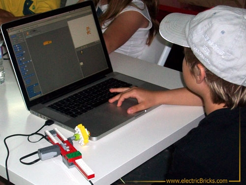 scratch day: wedo