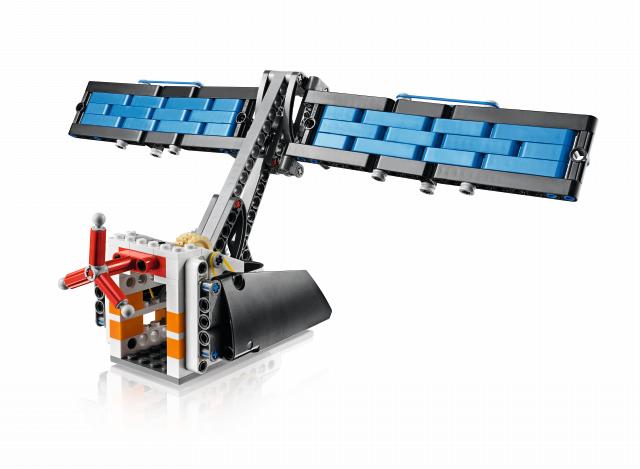 45570_prod_Space_Challenge_Solar Panel